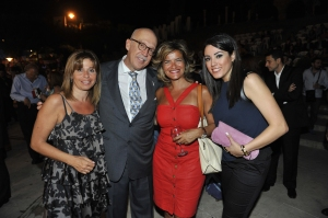 Elle Fersan and H.E. Ambassador Jorge Alvarez Fuentes and Women in Front